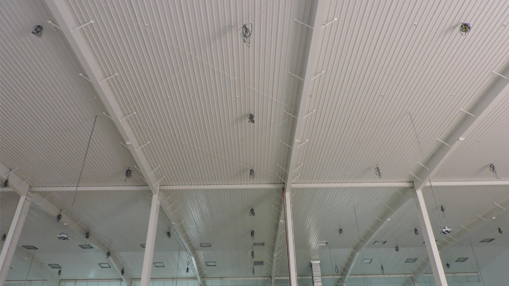 Project: Food Manufacturing Factory<br />Material: ColourMaxx Alpha Premiera<br />Application: Metal Ceiling