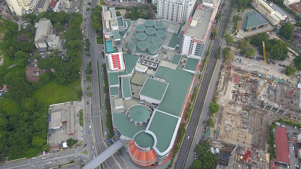 Project:Shopping Mall, KL <br />Material: C.Extreme <br />Application: PVdF Roofing