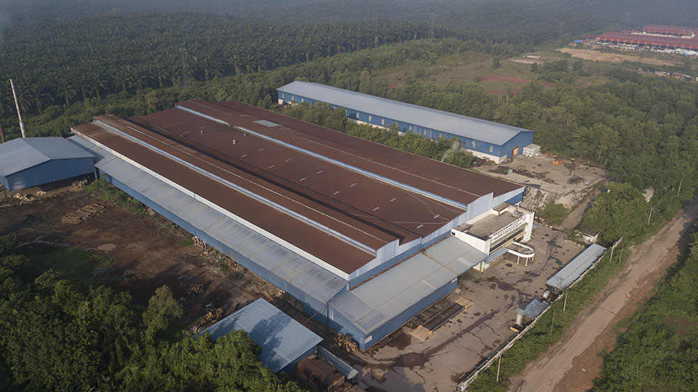 Project: Plywood Factory, Kedah<br />Material:ColourMaxx Alpha Premiera<br />Application: Roofing