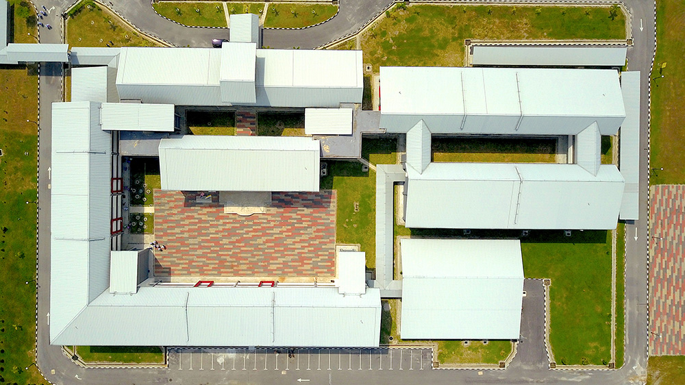 Project: SMK Bahagia, Teluk Intan <br />Material: ColourMaxx Premiera <br />Application: Roofing