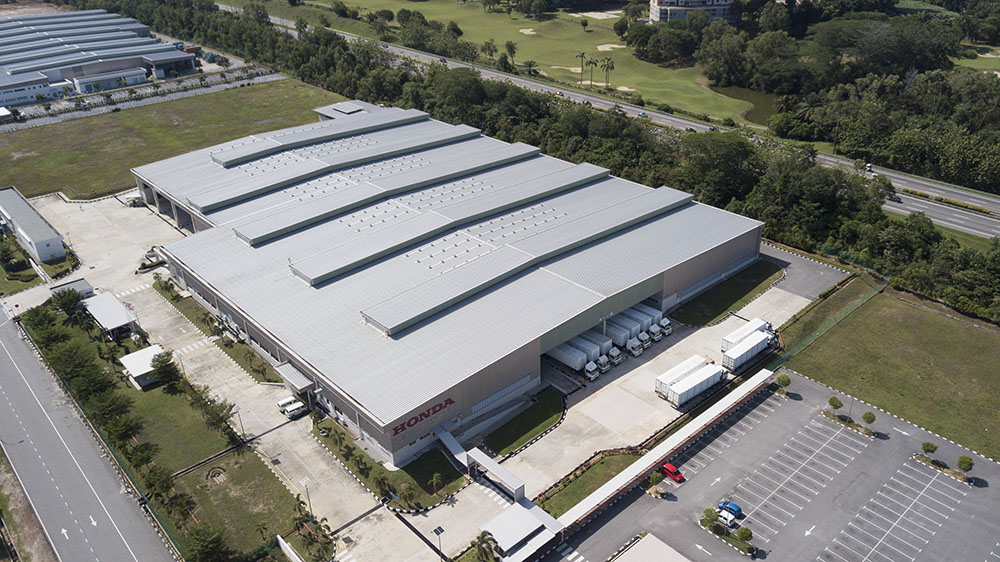 Project: Car Assembly Plant 2, Melaka <br />Material: ColourMaxx Alpha Premiera <br />Application: Roofing & Wall Caldding