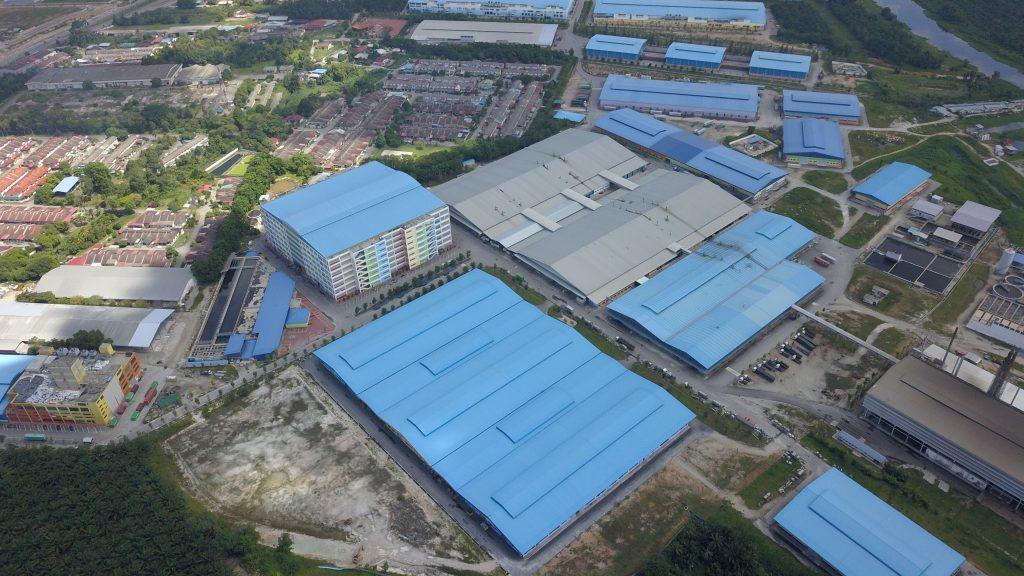 Project: Textiles Factory, Batu Gajah, Melaka <br />Material: ColourMaxx Premier <br />Application: Roofing