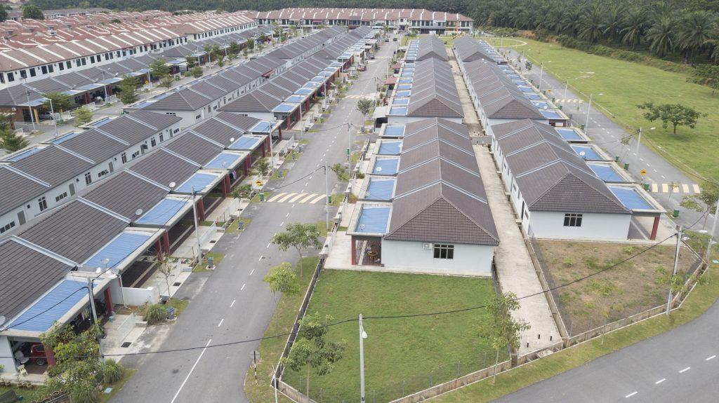 Project: Rumah Milik Mampu, Alor Gajah, Melaka<br />Material: GalMaxx Premium <br />Application: Truss